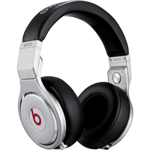 Headphones San Francisco 49ers wore at Super Bowl