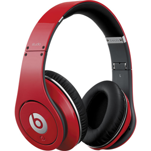 Headphones Colin Kaepernick Wearing At The Super Bowl – Beats Studio